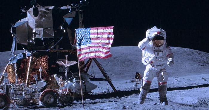Przegląd kodu źródłowego Apollo 11