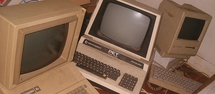"""Utrzymywać czy zastąpić """"stary"""" system informatyczny?"""