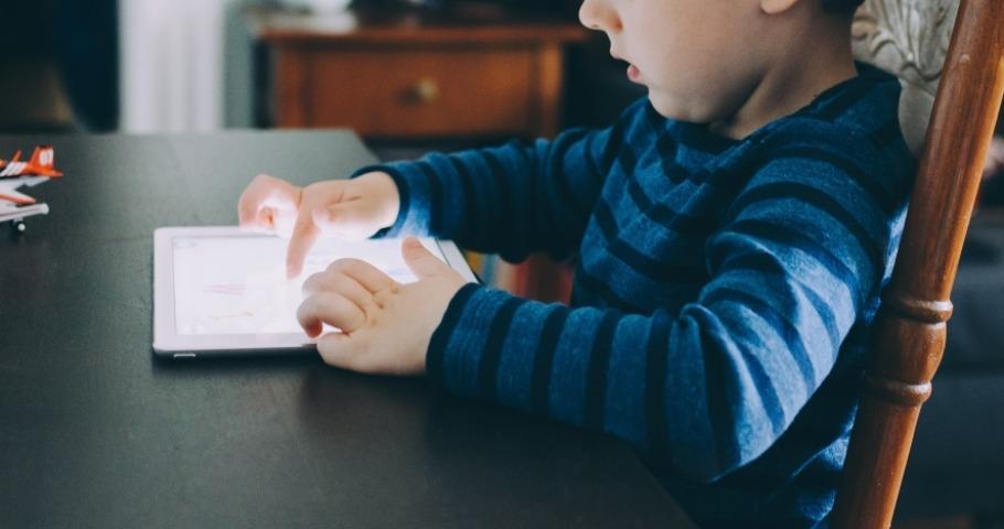 Przyjazne Aplikacje wsparciem dla osób z autyzmem